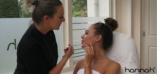 Wat te doen tegen een droge en trekkerige huid -Skin Hotline
